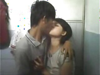 Cute girl fucked by her boyfriend   boyfriend cute desi young girl